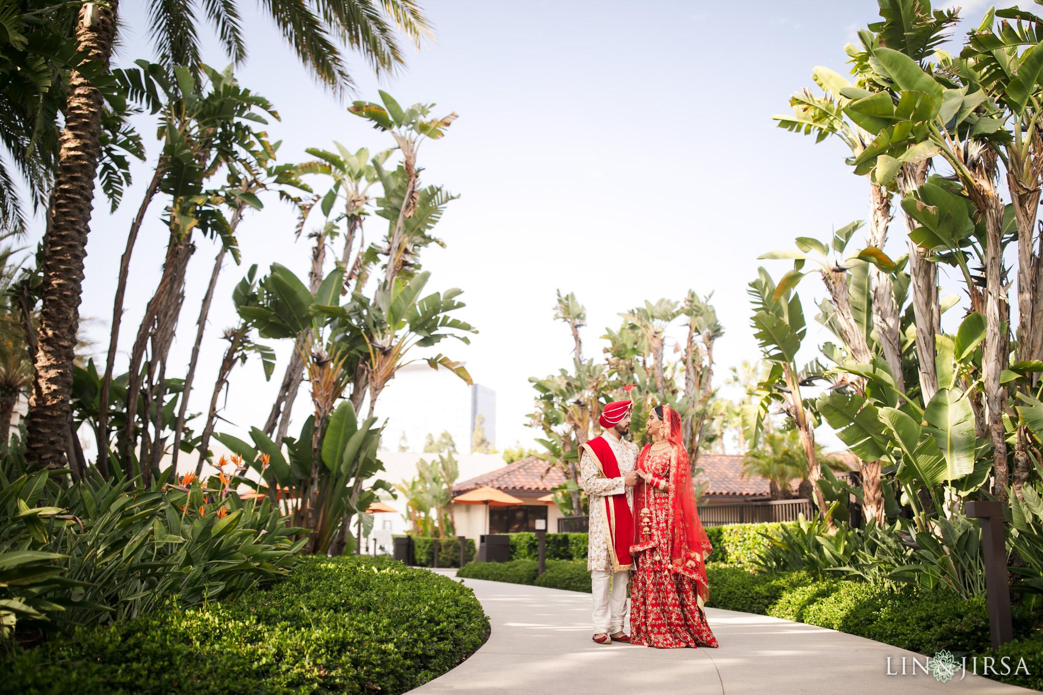11 Hotel Irvine Punjabi Hindu Indian Wedding Photography