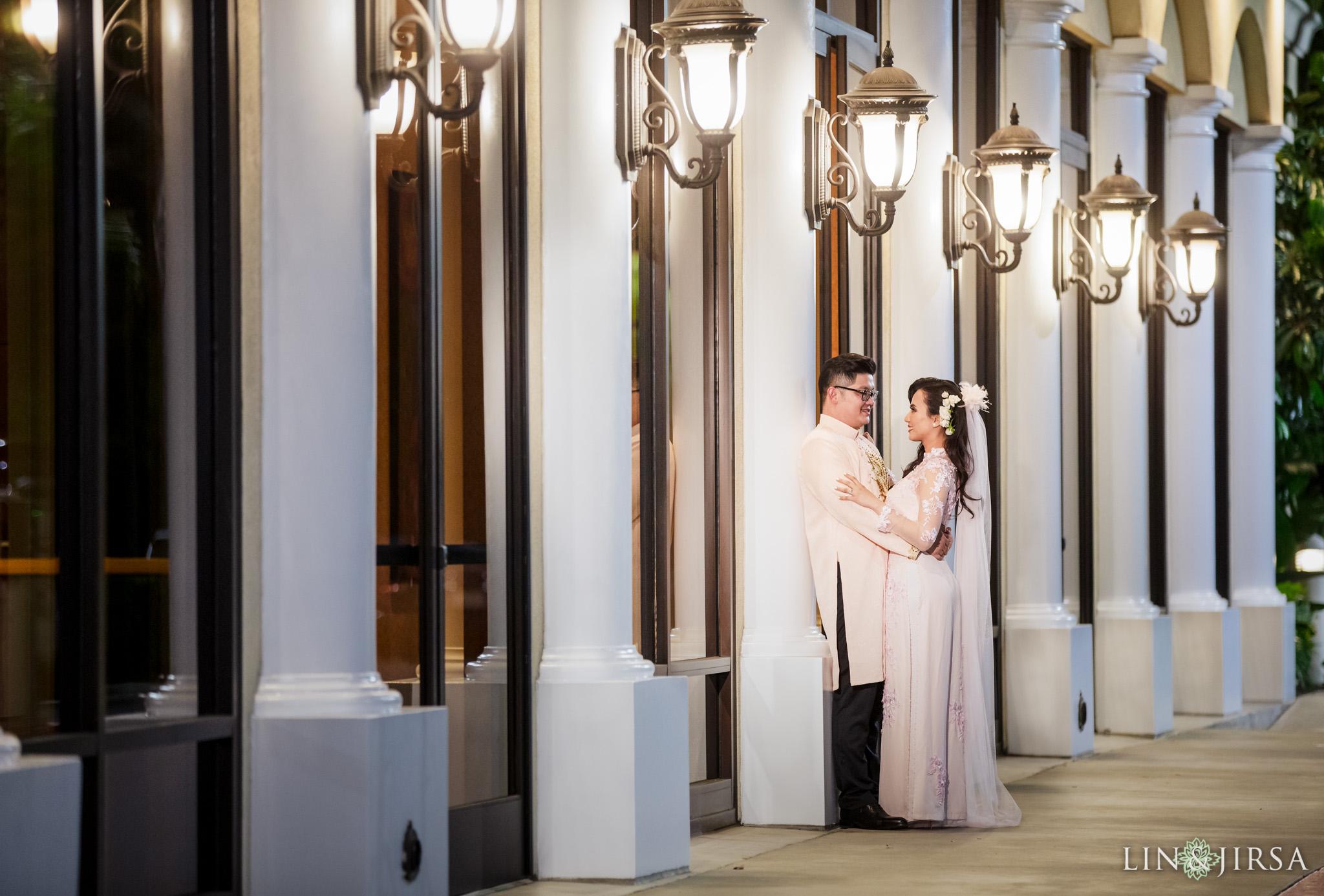 35 Hilton Anaheim Vietnamese Wedding Photography