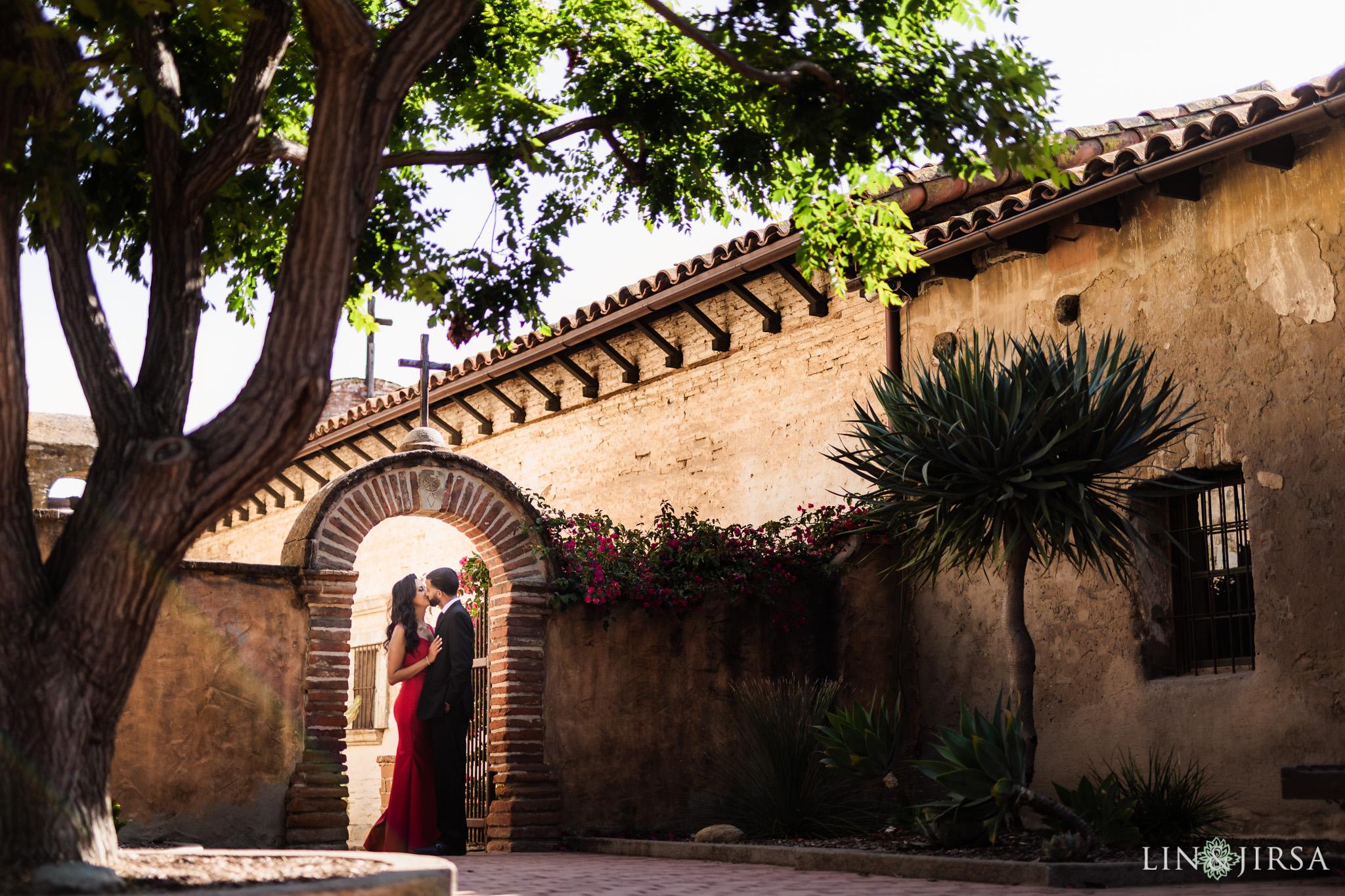 02 Mission San Juan Capistrano Engagement Photography