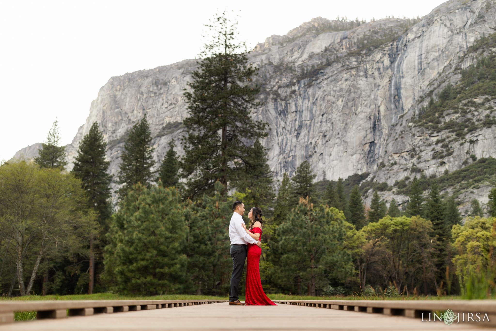 08 Yosemite National Park Travel Destination Engagement Photography