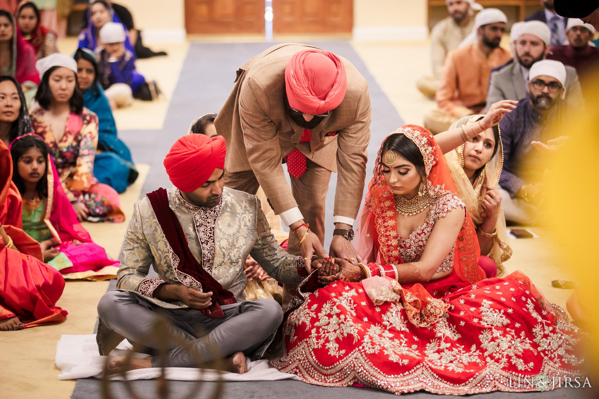 23 Sikh Gurdwara San Jose Punjabi Indian Wedding Photography