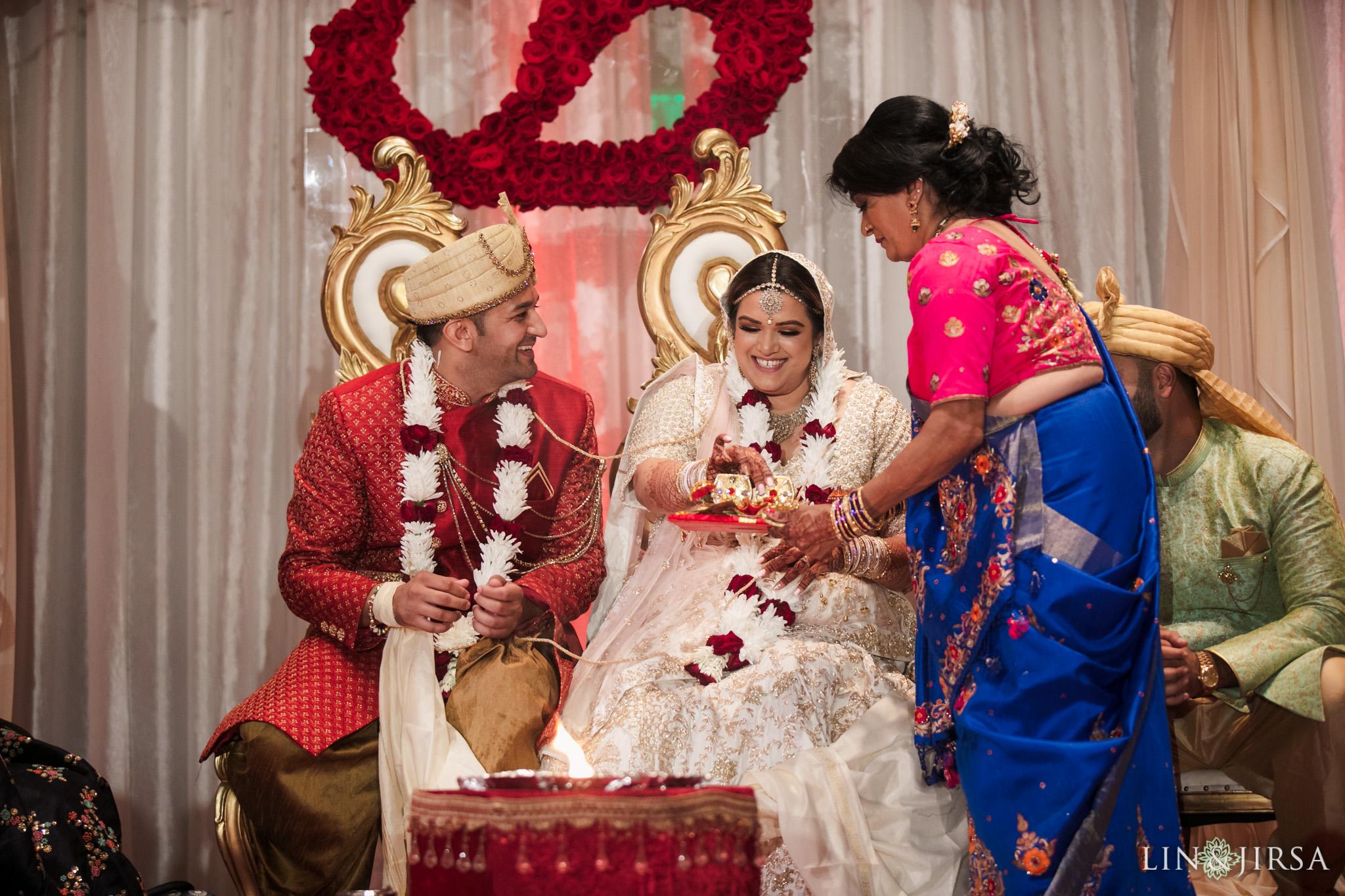 25 Hyatt Regency Orange County Indian Wedding Photography