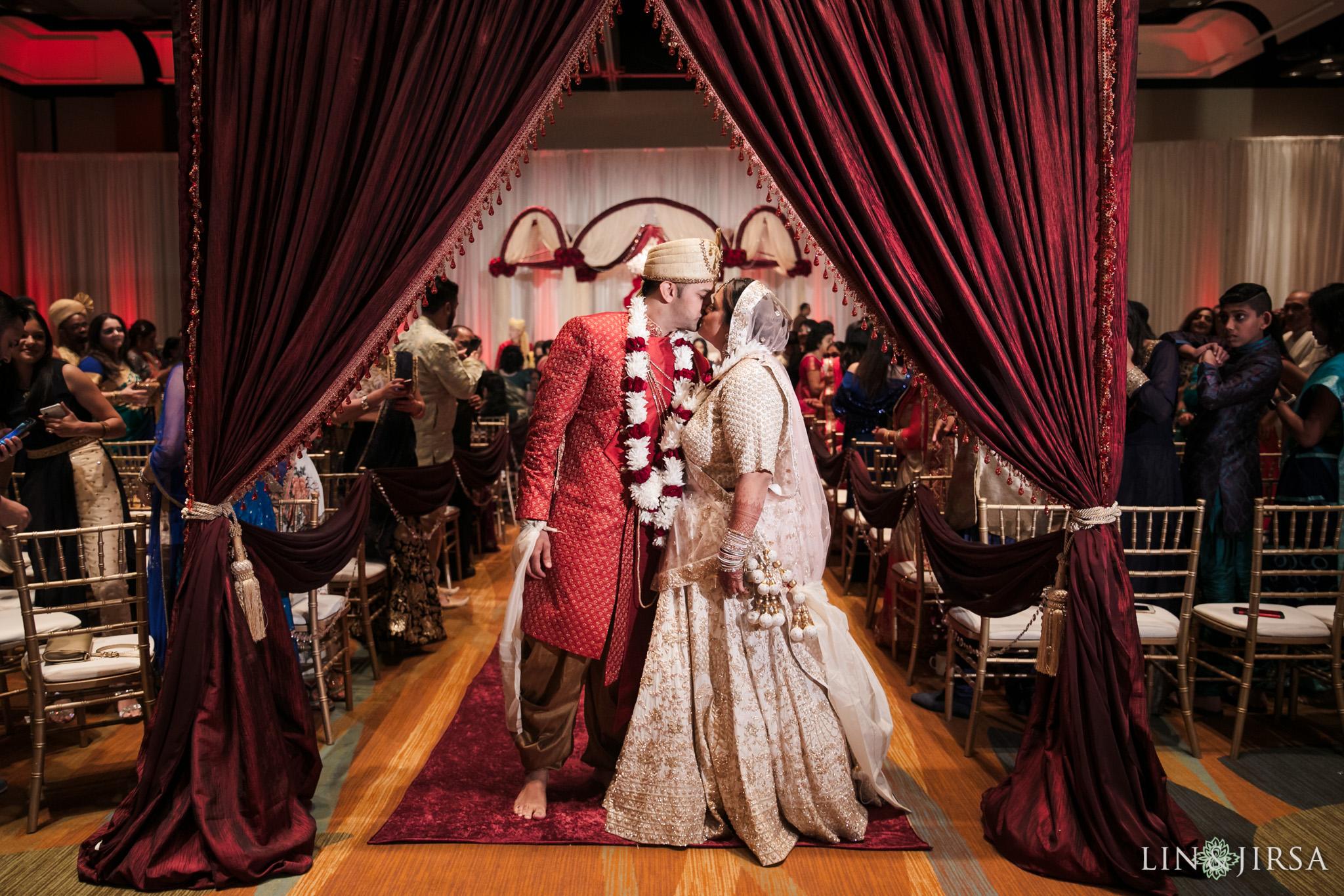 26 Hyatt Regency Orange County Indian Wedding Photography