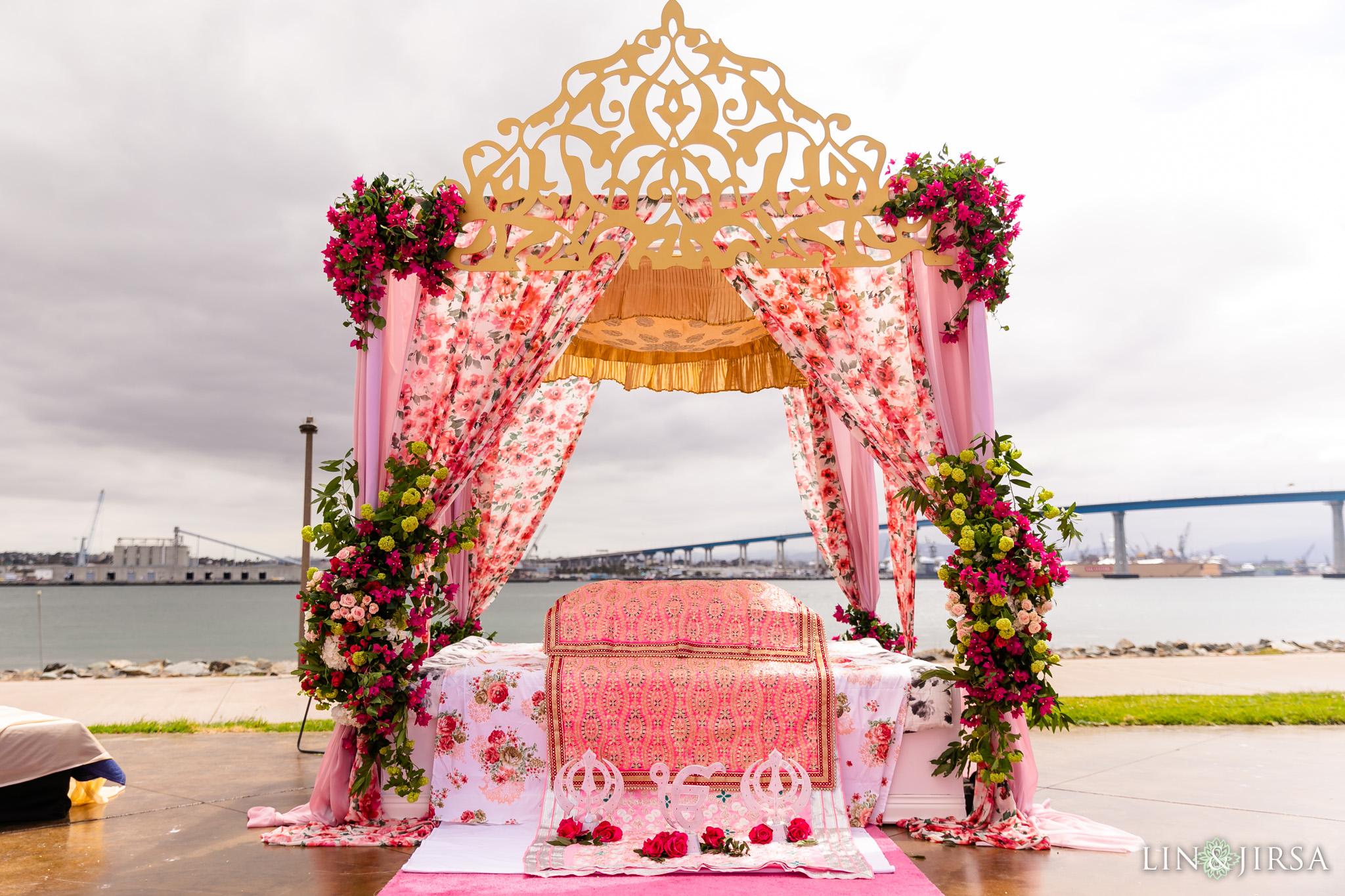 15 Coronado Resort and Spa San Diego Outdoor Punjabi Ceremony Photography