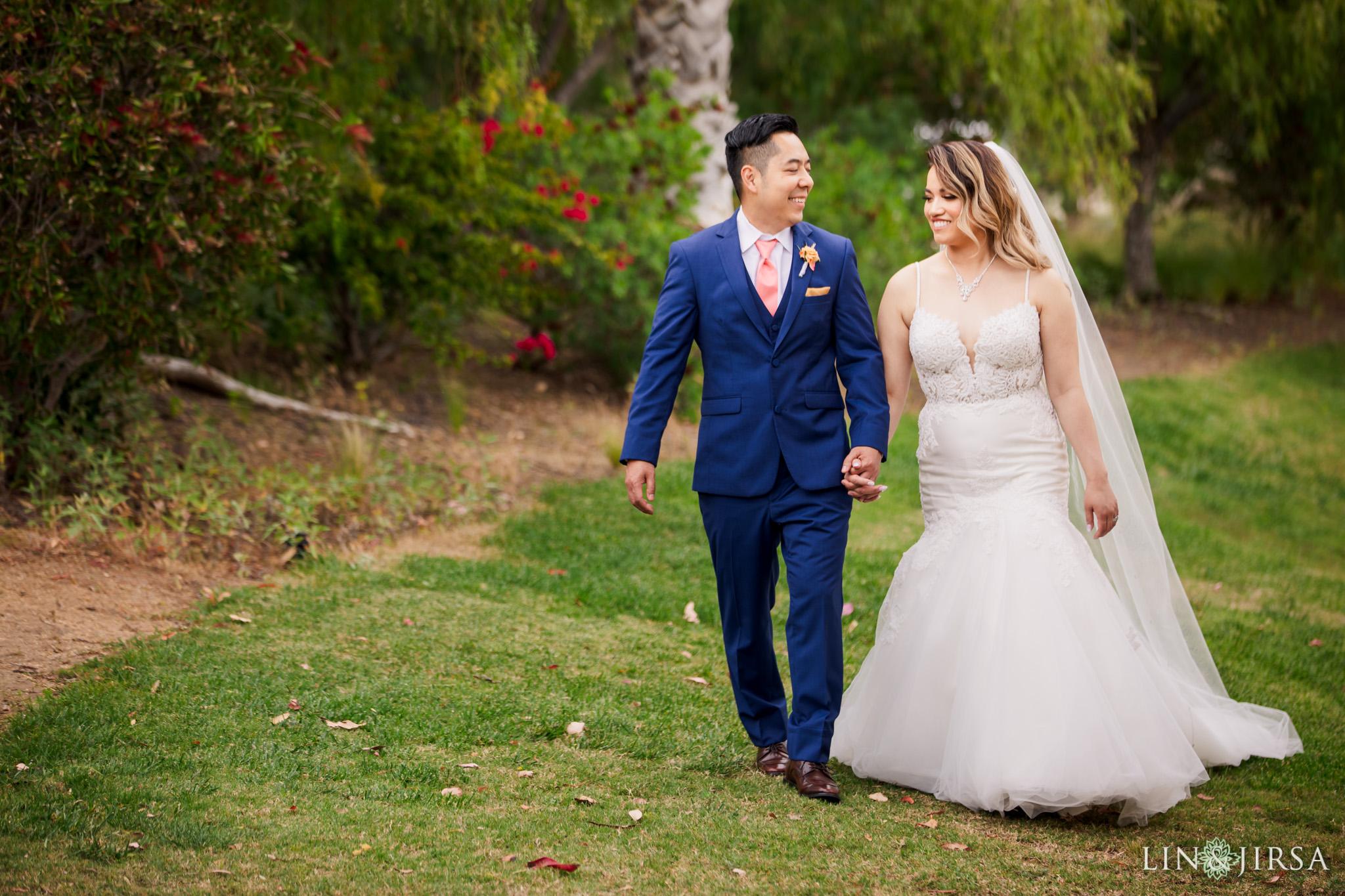 17 Hummingbird Nest Ranch Santa Susana Wedding Photography