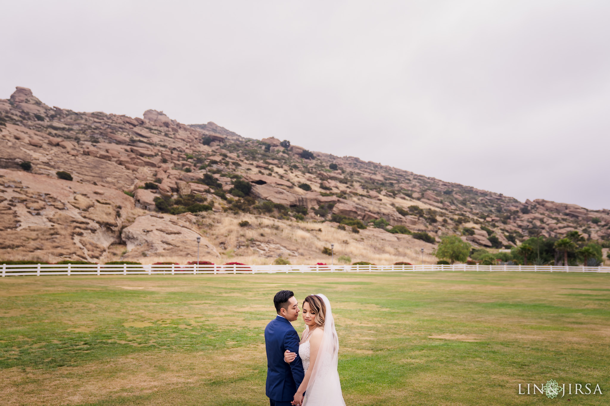 19 Hummingbird Nest Ranch Santa Susana Wedding Photography