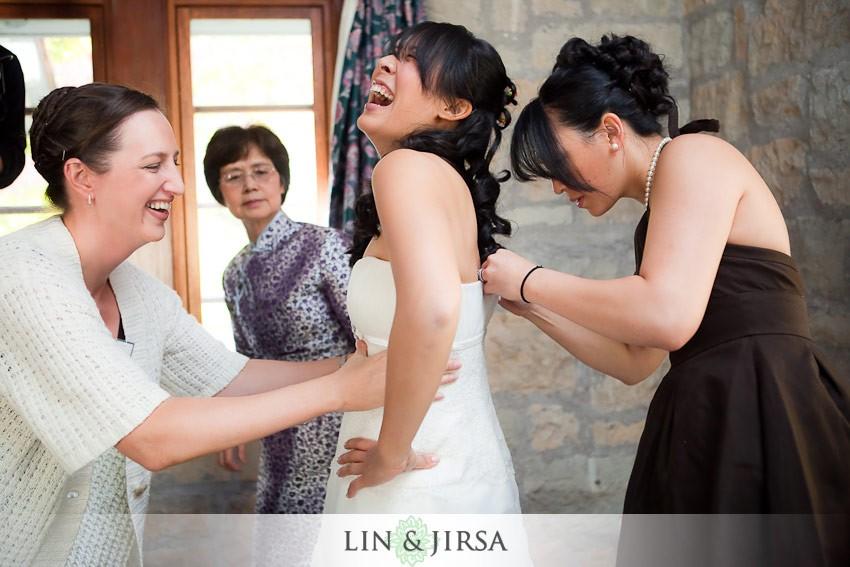 3-Pere-Marquette-Lodge-wedding-Grafton-bride