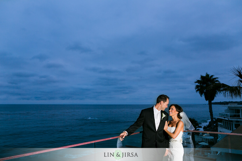 surf-and-sand-wedding-photographer