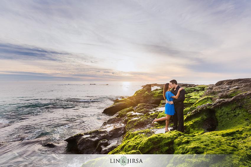 04-orange-county-engagement-beach-photos