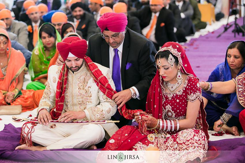 11-arbat-banquet-hall-wedding-photographer