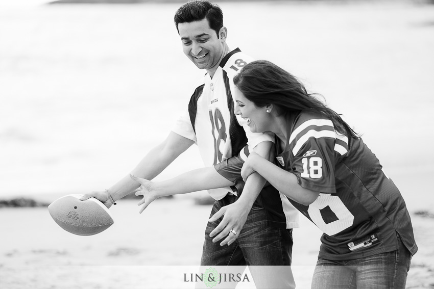 02-fun-engagement-photos