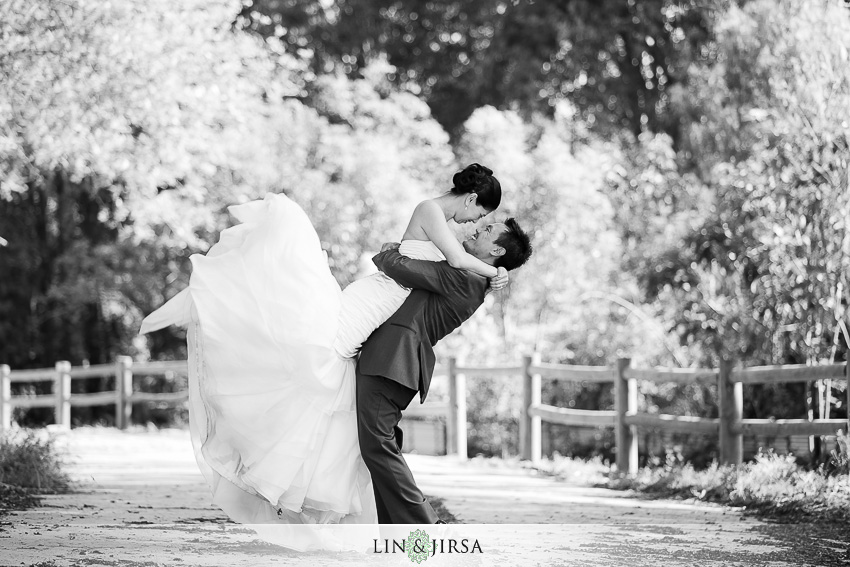 19-crowne-plaza-resort-anaheim-garden-grove-wedding-photographer