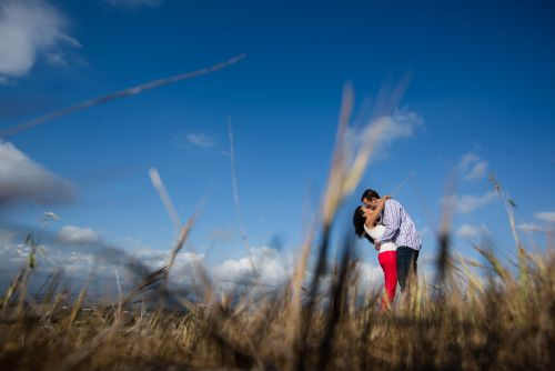 HZ-victoria-beach-engagement-photos-0023