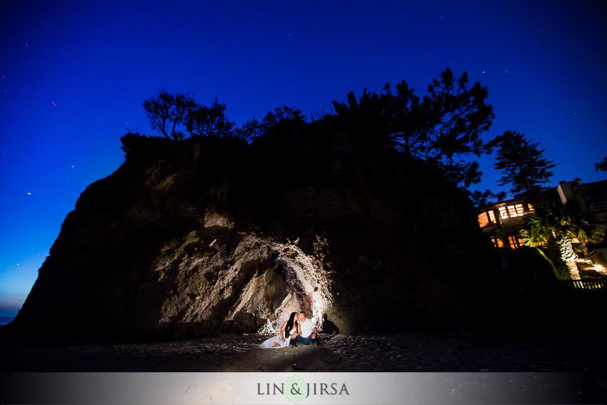 09-victoria-beach-engagement-photographer