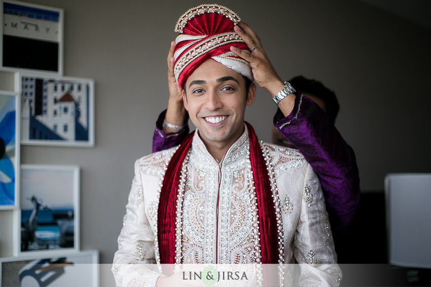 04-old-ranch-country-club-wedding-photographer-baraat