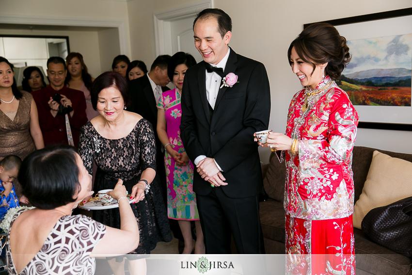 06-st-regis-monarch-beach-wedding-photographer-wedding-dress
