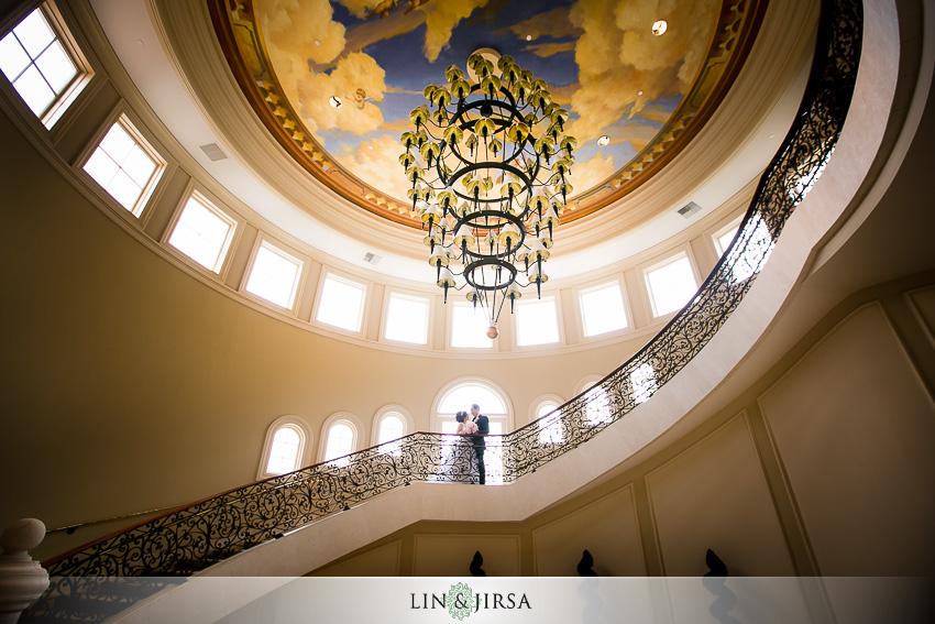 09-st-regis-monarch-beach-wedding-photographer-wedding-dress
