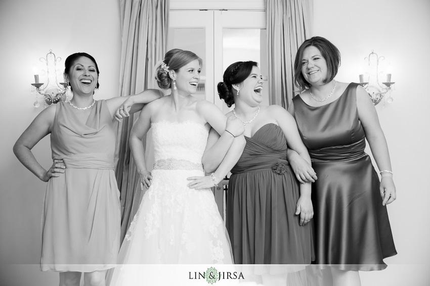 10-destination-wedding-photographer-bridesmaids