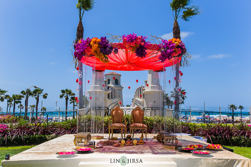 12-hyatt-huntington-beach-wedding-photographer-mandap