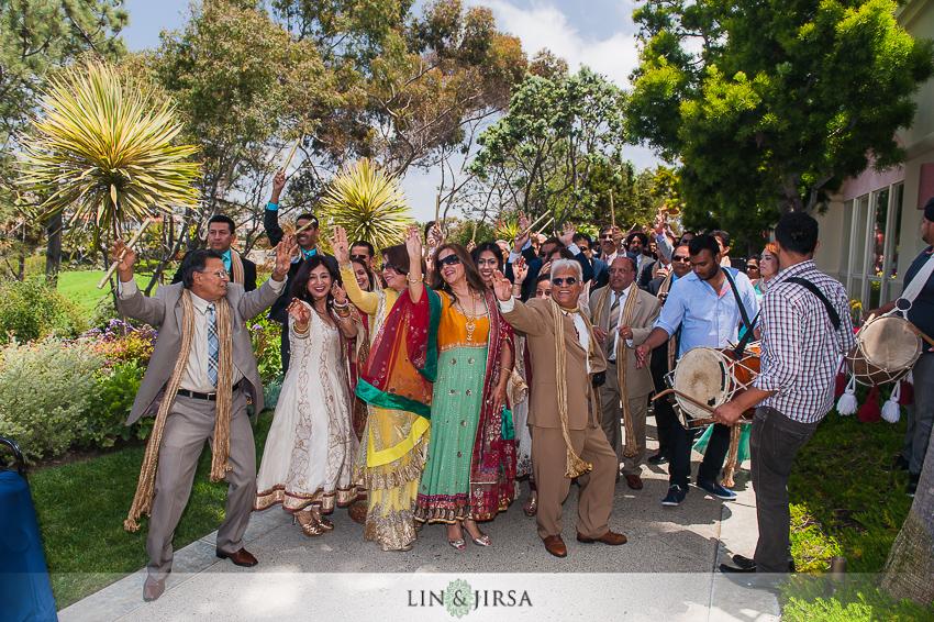 12-ritz-carlton-laguna-niguel-indian-wedding-photographer-mandap