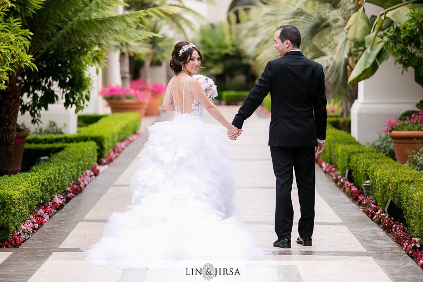 13-st-regis-monarch-beach-wedding-photographer-wedding-dress