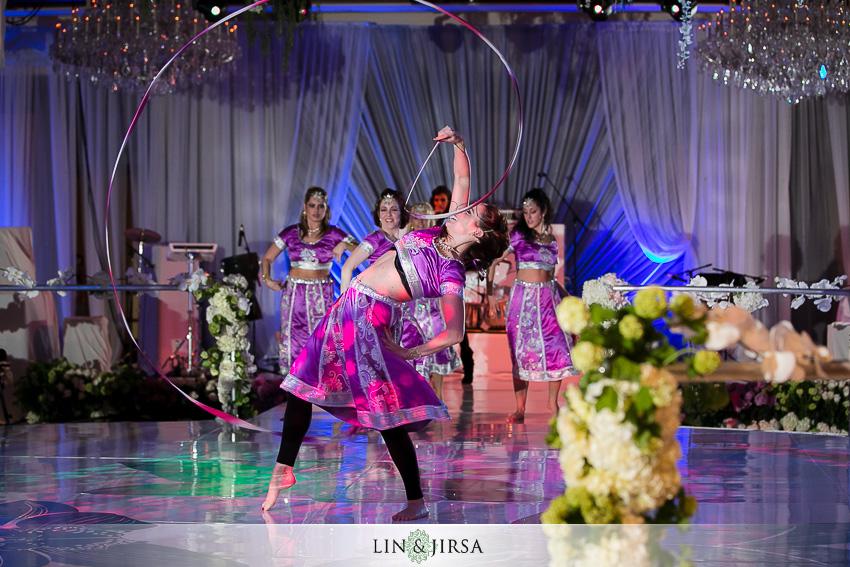 15-four-seasons-westlake-village-wedding-photographer-wedding-rings