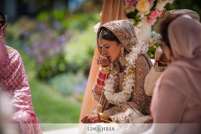 16-ritz-carlton-laguna-niguel-indian-wedding-photographer-mandap