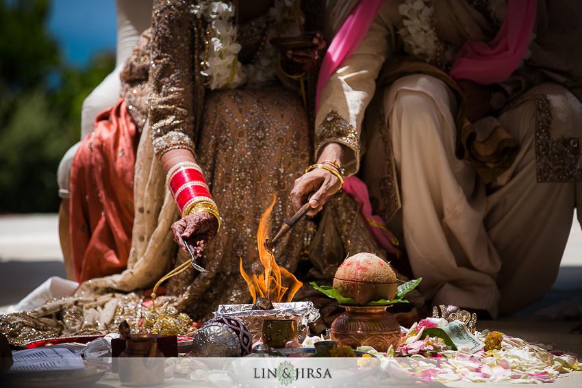 17-ritz-carlton-laguna-niguel-indian-wedding-photographer-mandap