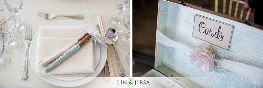17-the-villa-westminster-wedding-photographer-wedding-bouquet