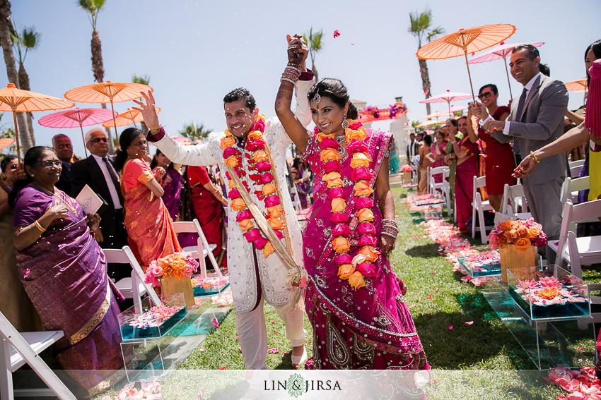 20-hyatt-huntington-beach-wedding-photographer-mandap