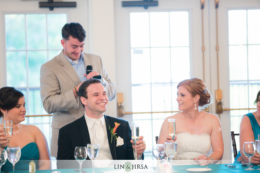 21-destination-wedding-photographer-toast