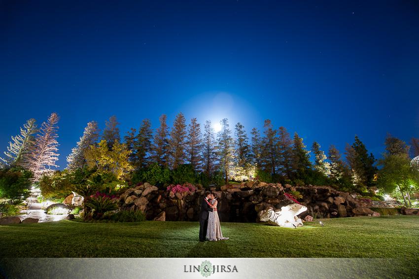 21-four-seasons-westlake-village-wedding-photographer-wedding-rings
