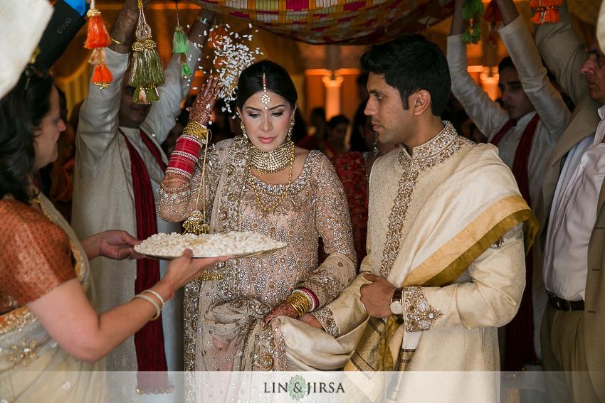 23-ritz-carlton-laguna-niguel-indian-wedding-photographer-mandap