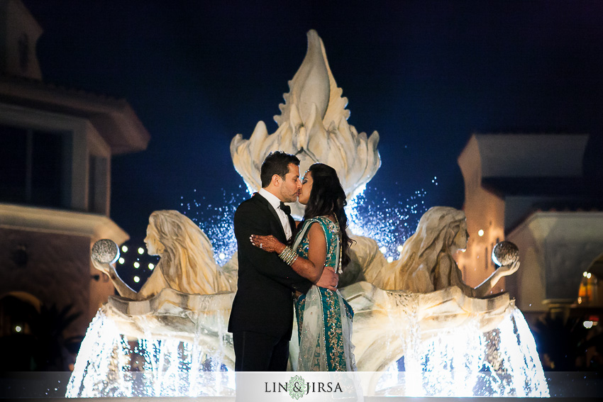 31-hyatt-huntington-beach-wedding-photographer-mandap