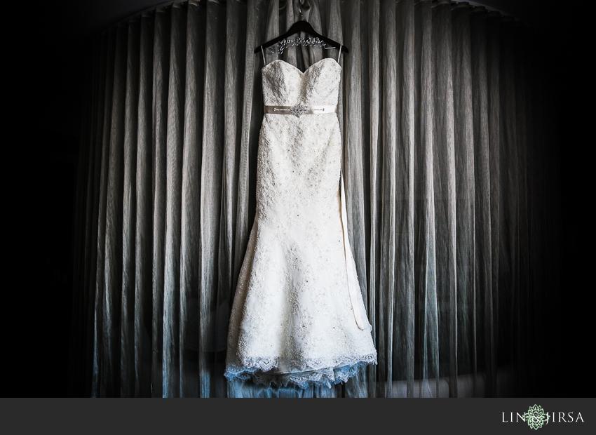01-taglyan-cultural-complex-wedding-photographer-wedding-dress