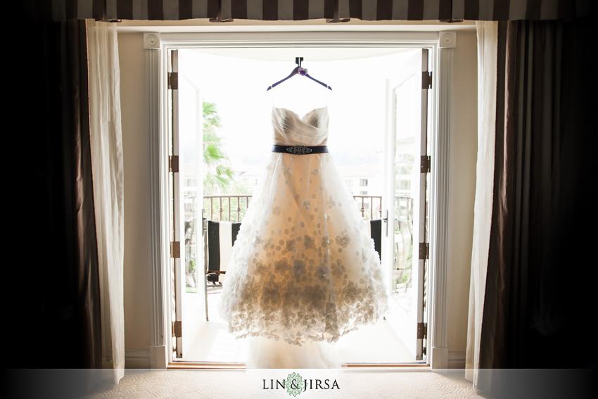 02-st-regis-dana-point-wedding-photographer-wedding-dress