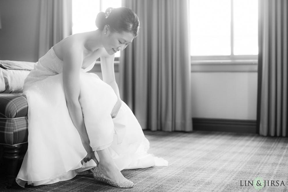 03-los-angeles-athletic-club-wedding-photographer-bride-getting-ready