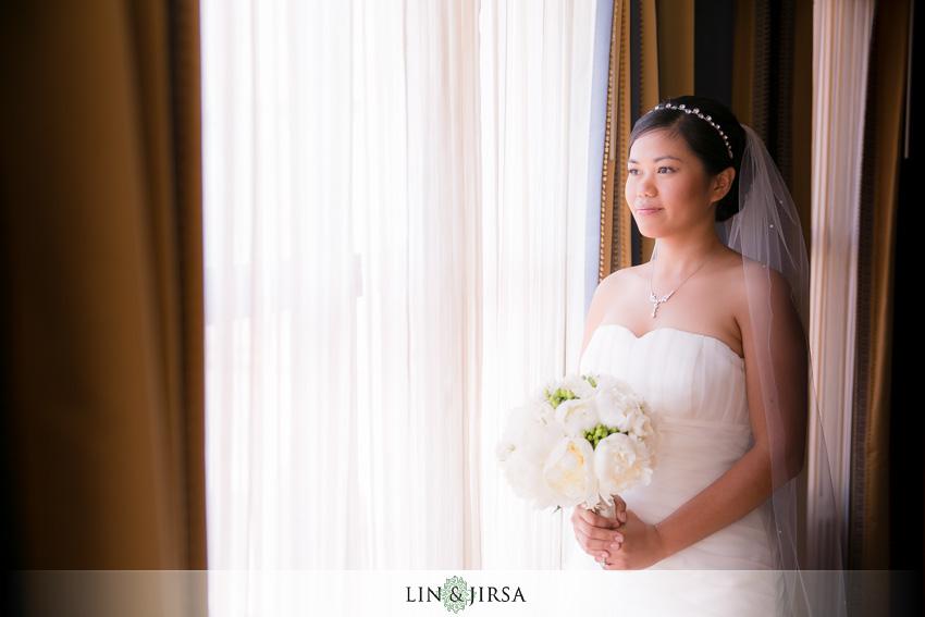 03-skirball-cultural-center-wedding-photographer-bride-portrait