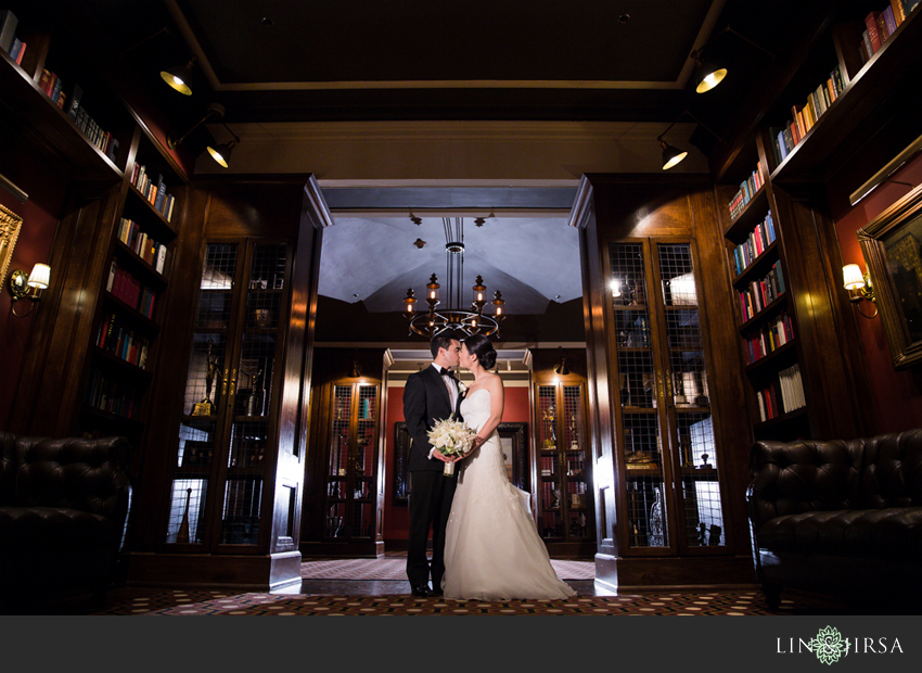 08-los-angeles-athletic-club-wedding-photographer-bride-and-groom-pictures