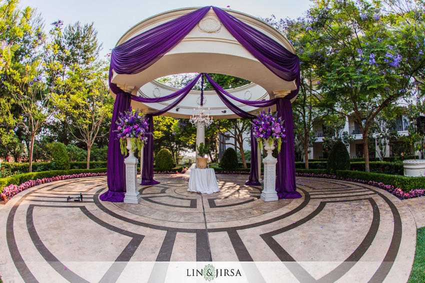 08-st-regis-dana-point-wedding-photographer-wedding-ceremony-decor