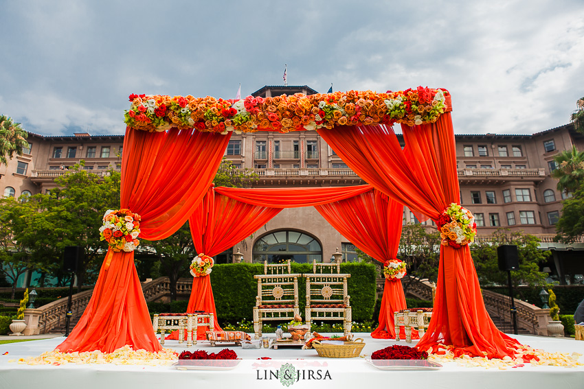09-the-langham-pasadena-indian- wedding-photographer-mandap