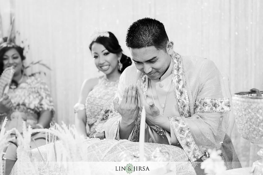 12-cambodian-ceremony-photographer