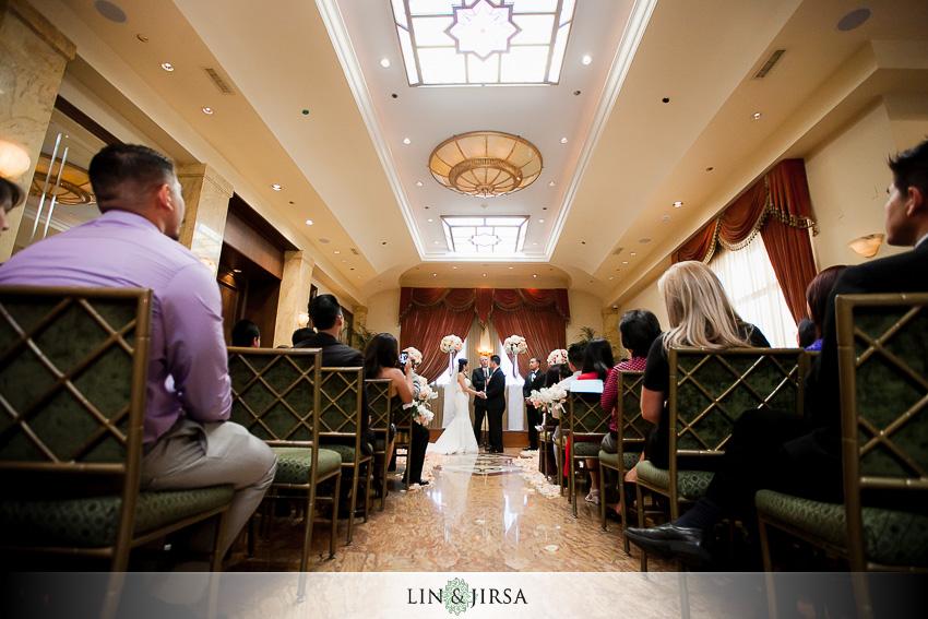 12-taglyan-cultural-complex-wedding-photographer-wedding-ceremony