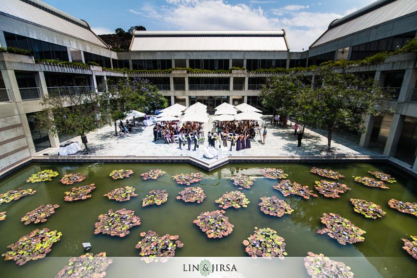15-skirball-cultural-center-wedding-photographer-ceremony-photo