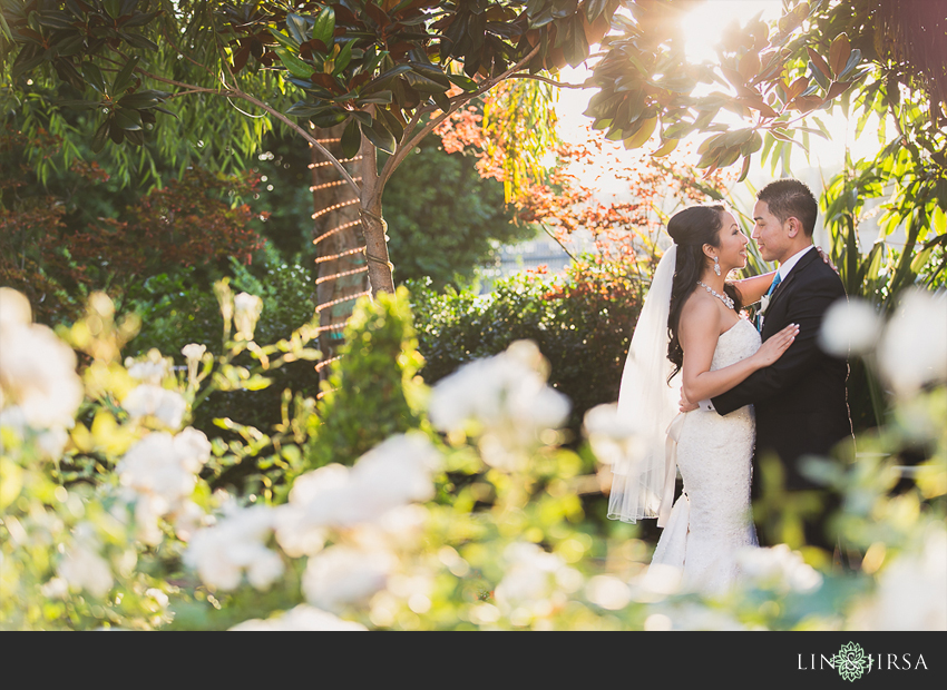 15-taglyan-cultural-complex-wedding-photographer-couple-session