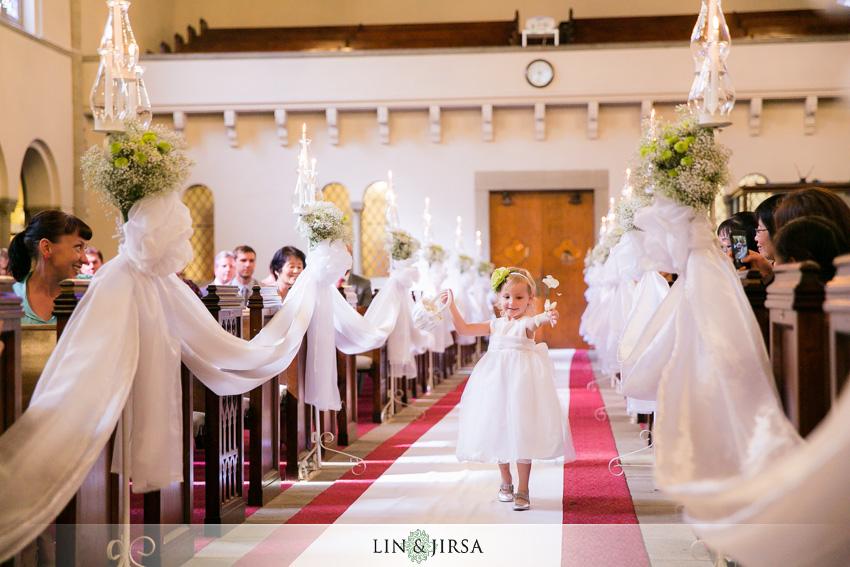 16-los-angeles-athletic-club-wedding-photographer-flower-girl
