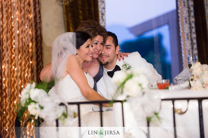23-royal-vista-wedding-photographer-wedding-toast