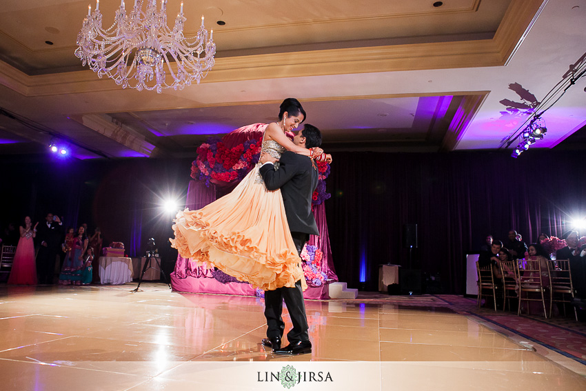 23-the-langham-pasadena-wedding-photographer-first-dance