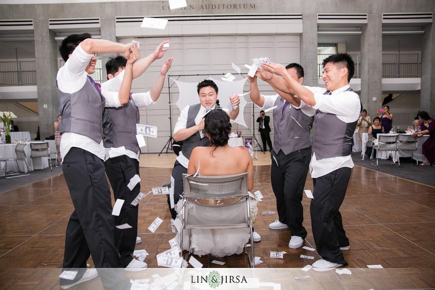 29-skirball-cultural-center-wedding-photographer-wedding-performance