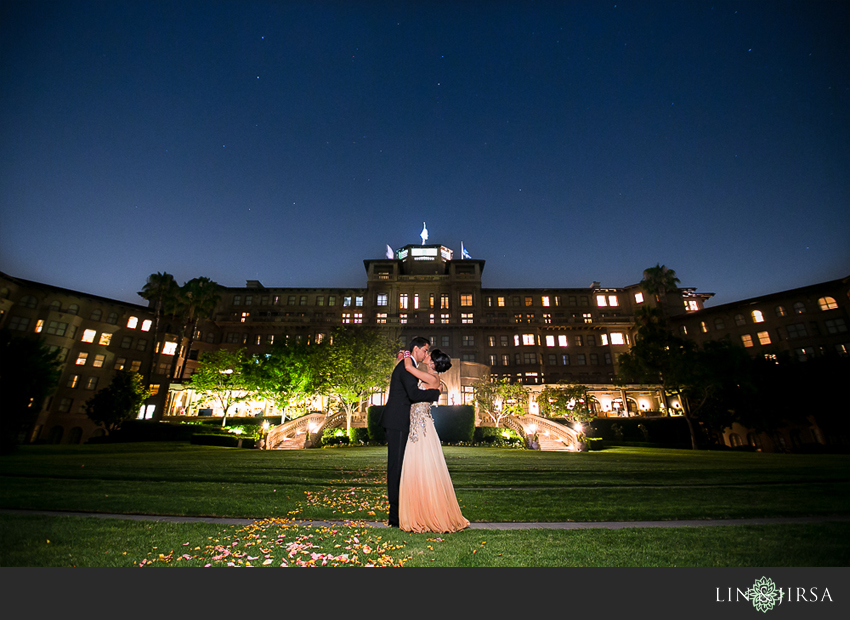 33-the-langham-pasadena-wedding-photographer-couple-nighttime-photos